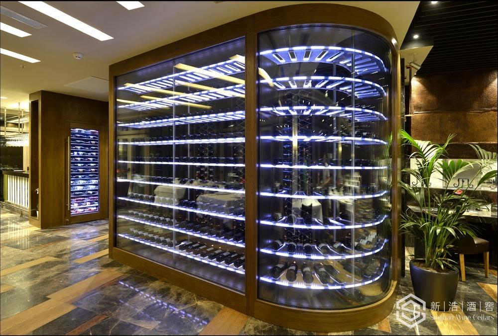 商业酒窖3