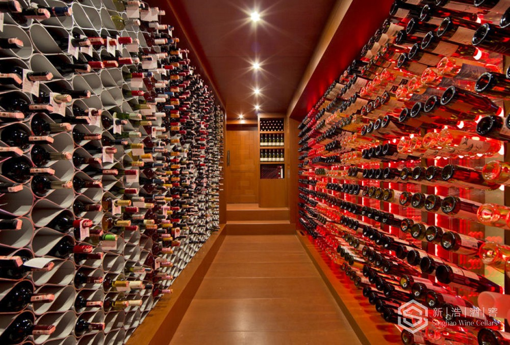 商业酒窖11