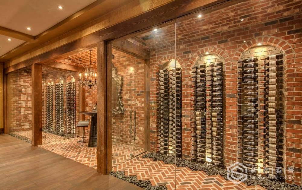 商业酒窖12