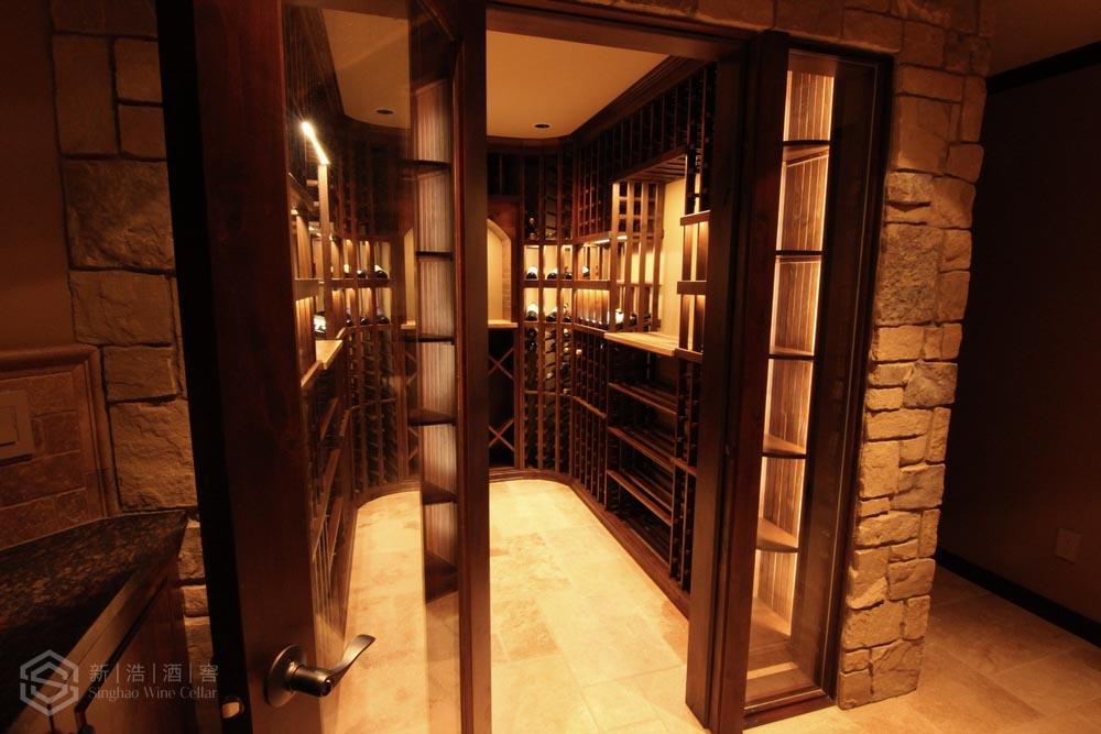 莱蒙水榭山私家别墅酒窖