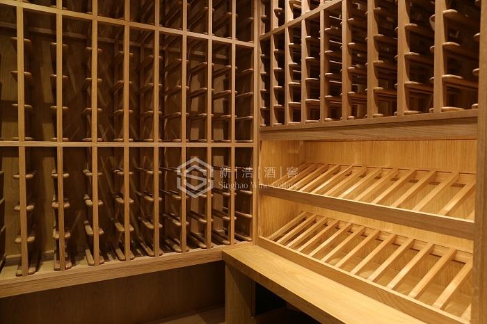 香港中环毕打行私家会所酒窖